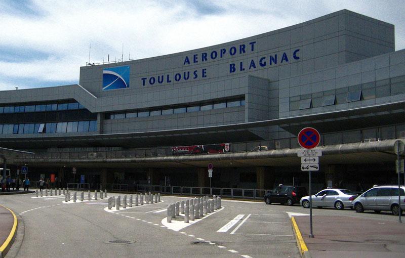 aeropuerto de toulouse blagnac transporte aeropuerto centro bus alquiler de autos. Black Bedroom Furniture Sets. Home Design Ideas
